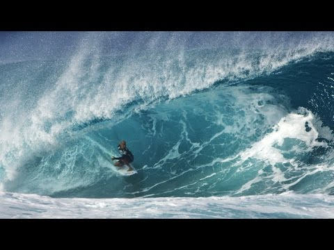Kelly Slater 10 Point Tube Ride at Pipeline