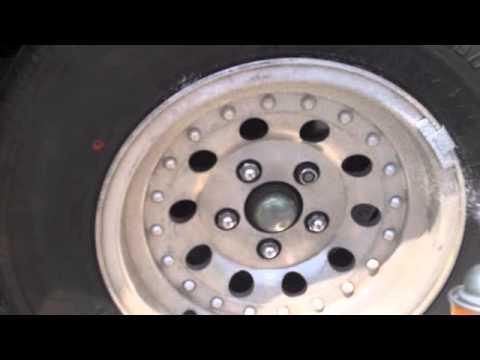 Insanely easy Cleaning and stripping aluminum rims to brand-new