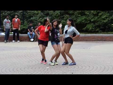 Bollywood Flash mob NEU, Boston