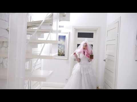 Капа выходит замуж, за Петра Ивановича