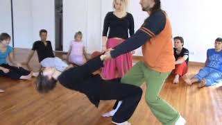 Контактная импровизация   05 05 09    Эстер Гал