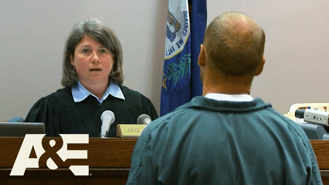 Download Court Cam: Man SPITS on Judge, Then Starts Jail Riot | A&E