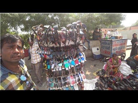 Bargaining At Thieve's Market | Chor Bazaar, Delhi