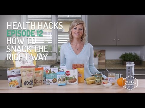How to Snack the Right Way with Healthy Foods