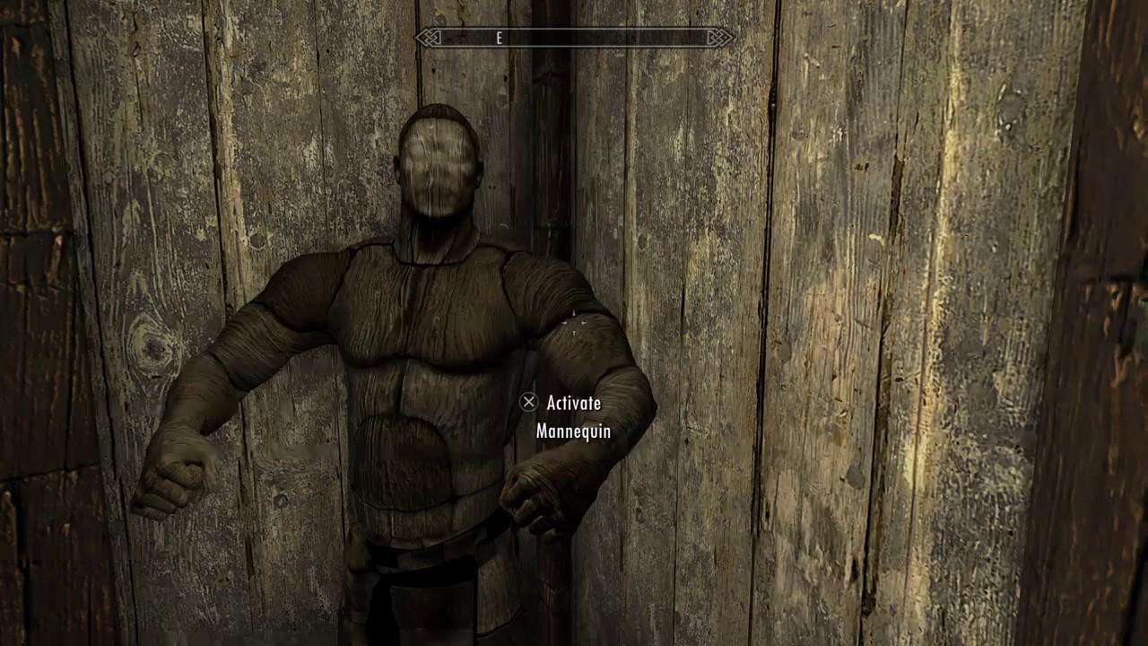 Skyrim Creepy Mannequin Glitch - YouTube
