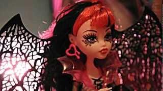 Draculaura- Ghouls Rule Doll