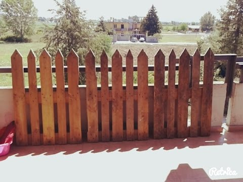 costruire una staccionata con i pallets fence made from