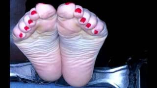 Toes galleries Ebony