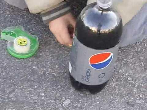 Diet Pepsi and Mentos Rocket!!