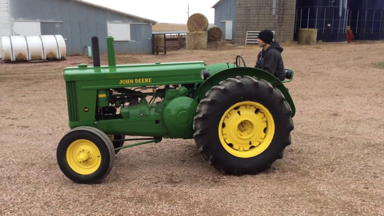 1953 John Deere AR - May 17, 2017 Big Iron Auction