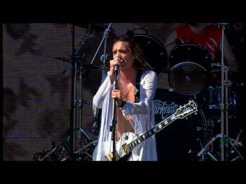 The Darkness - I Believe In A Thing Called Love (Live At Knebworth  2003)