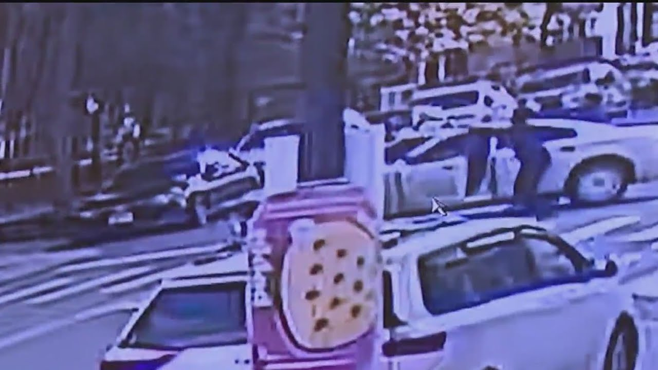 Download See it: Shootout between murder suspect, New Rochelle police in Brooklyn