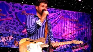 Tab Benoit LRBC 2010 audience chat - hilarious