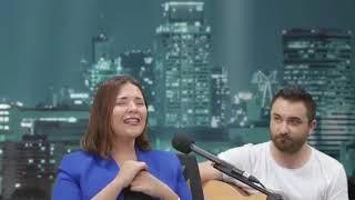 Tuğçe Kandemir - Yanlış _Canlı_Yeni Şarkısı (Geride Kalana Dayana Dayana) Resimi
