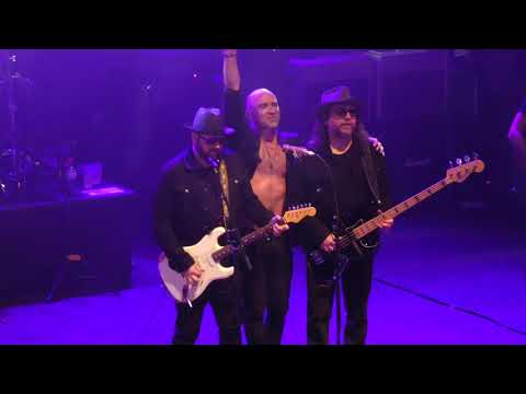 Live - Lightning Crashes - London Shepherds Bush Empire - 30th June 2019