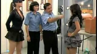 La aduana y los escaner de seguridad. thumbnail