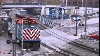 Chicago Metra & Amtrak at N Canal St & N Clinton St in October 2000
