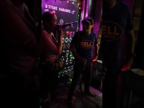 Resipi Berkasih cover by Addy vs Iera at RnR D'store Karaoke JB