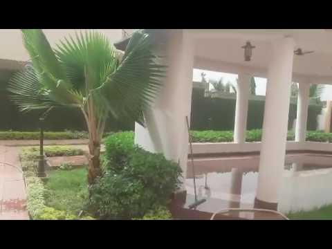 A louer maison meubl e avec piscine la cit du niger for Agence immobiliere maison a louer