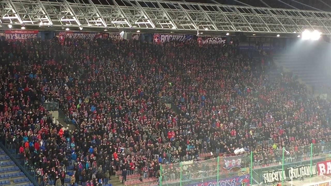 Górnik Zabrze – Wisła Kraków: Górnik Zabrze. [Wisła Fans]. 2017-12-03