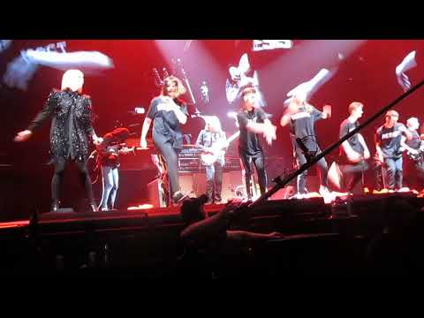 ROGER WATER LIVE @ LYON 05/09/2018 : ANOTHER BRICK IN THE WALL......