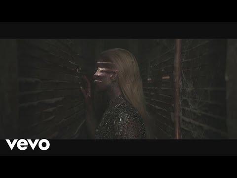 Paloma Faith - Loyal (Behind The Scenes)