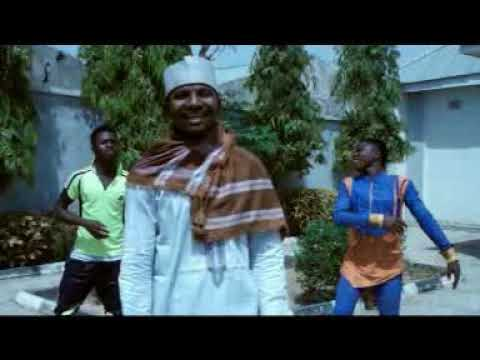 Download Zakiru Ibrahim Danbaiwa ya rassulallahi labbaika