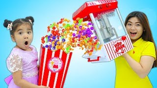 Suri Pretend Play w/ Colored Pop Corn Maker Toy and Kids Food Toys