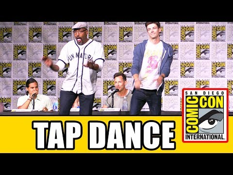 Grant Gustin & Jesse L Martin TAP DANCE Live at The Flash Season 3 Comic Con Panel