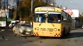 Bus Crashes and Accidents Compilation