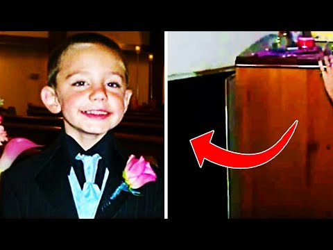Bambino scompare per due anni, poi il padre guarda dietro un mobile...