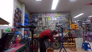 자전거 청소는 물티슈..튜브리스 실란트 작업..고프로 …