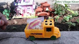 How to Make Noodles easy and quick in Miniature Village Kitchen set || mini kitchen cooking video