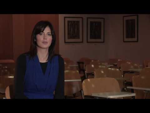 Lisa Ní Fhlatharta - BComm le Gaeilge - Ollscoil na hÉireann, Gaillimh