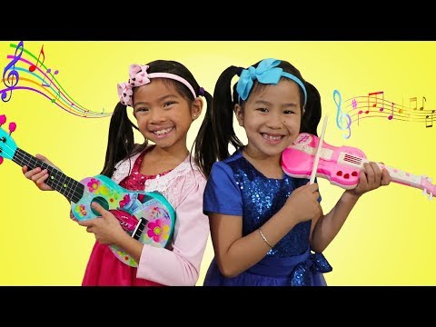 Jannie & Emma Pretend Play w Guitar Music Toys & Sing Kids Songs Nursery Rhymes