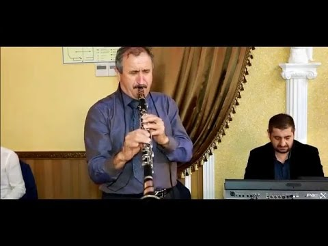 Кларнетист Аркадий Акопян (Аго бакинский) пугает со своим кларнетом смотреть всем