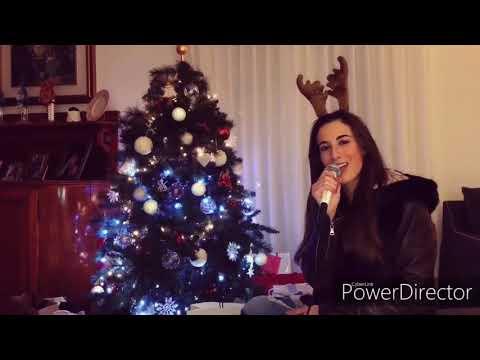 Feliz navidad con Benedetta Caretta nuestra señorita misteriosa