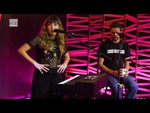 KFOG Private Concert: Oh Wonder – Interview