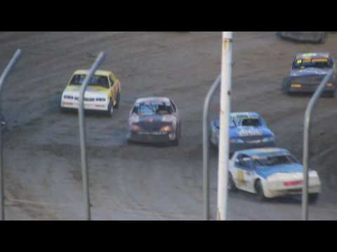 MVI 1258 STOCK CAR FEATURE I 80 SPEEDWAY 6/17/2016