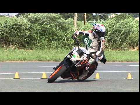 2015 5 31 Dunlop Moto Gymkhana Takashima 選手 KTM 390DUKE heat 2