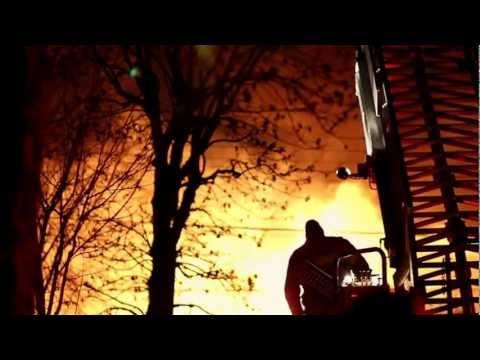 Silent Short: An inferno rages in Montréal // (cinematic DSLR)