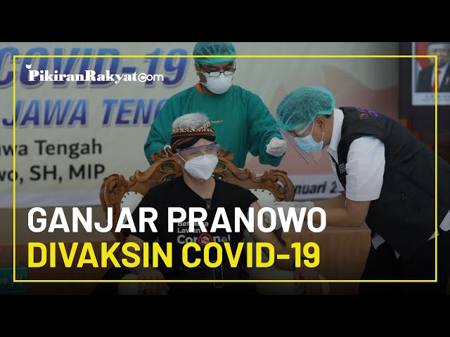 Jadi yang Pertama Disuntik Vaksin Covid-19 di Jateng, Ganjar Pranowo: Seger-seger Saja, Jangan Takut