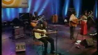 Vusi Mahlasela Phata Phata - Philips Music World Festival - S o Paulo - 2004.mp3