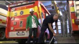 Sean Banan på brandstationen - Cirkus Möller 29/10-2010 (HQ)