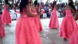 graduacion , generacion 2009-2015 video solo de la niña. bailando