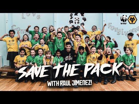 Raul Jimenez surprises school kids to launch Wolves WWF Mexico partnership! #ProtectThePack