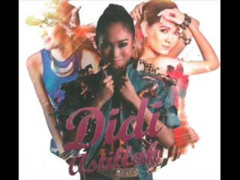 Unduh lagu Didi Astillah - Fikirkan Kamu (Official Audio Video) di ZingLagu.Com