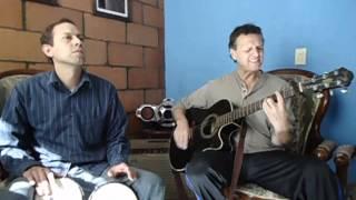 Música del recuerdo para el recuerdo, por Alex y Carlos.