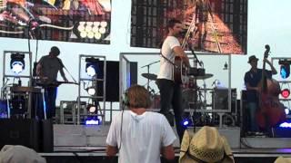 """Josh Turner """"Long Black Train"""" at B93 Birthday Bash 2011"""