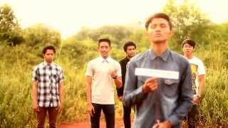 official music video iluvia tetaplah disini